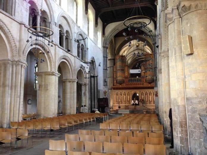 rochester katedral salon