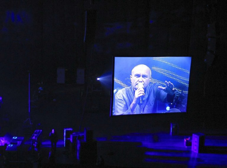 280915_phil-collins-in-moscow