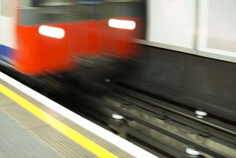 28609662_underground-in-london
