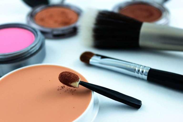 4340751_cosmetics