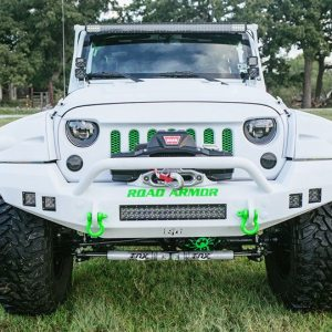 2015 Jeep White Out Edition Front View