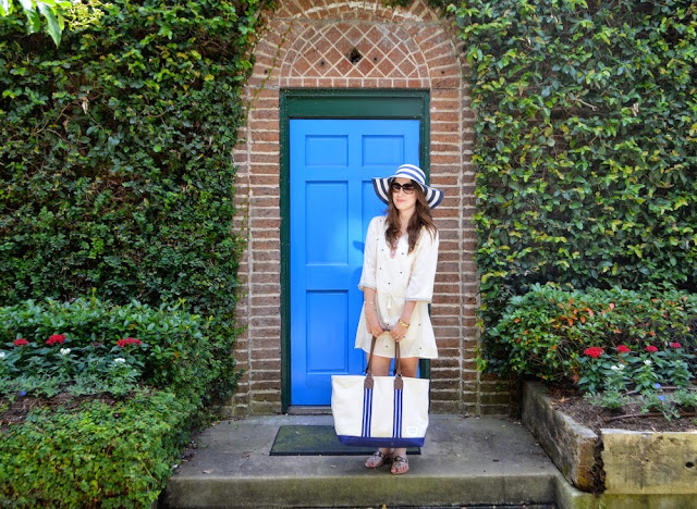 The Breakers Dress, Pomp and Circumstance Boutique Houston, All for Color Striped Hat, Sloane Ranger Boat Tote, Houston Fashion Blogger, Blue Door Montrose Houston Texas, The Lone Star Looking Glass, Boho Cream Tunic Dress