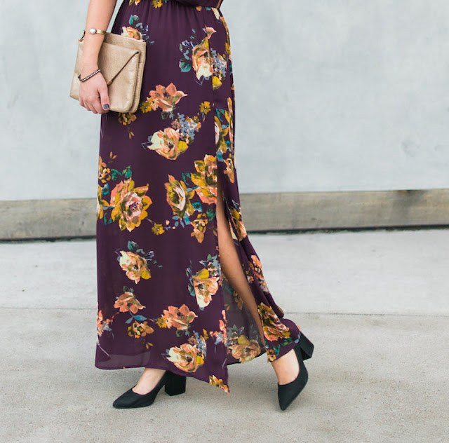 Everly floral maxi dress, purple floral maxi dress, winter florals, the lone star looking glass, restricted jay heels, loren jope bangles, how to wear a floral maxi dress, floral kimono maxi dresses, elaine turner bailey clutch