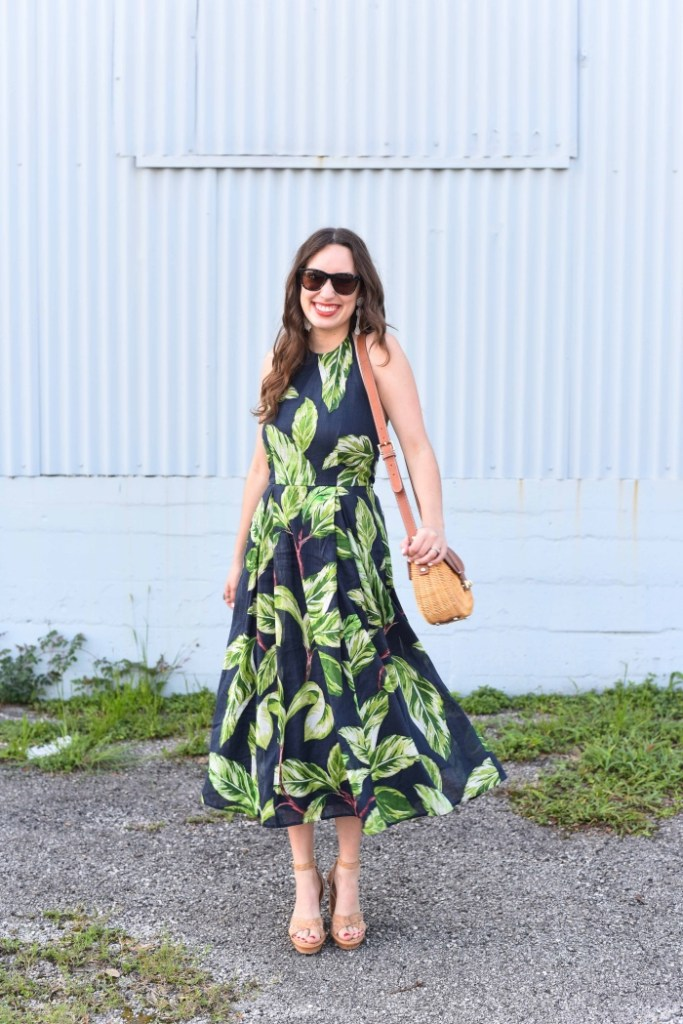 ann taylor amalfi sundres, ann taylor palm tree printed dress, ann taylor navy and green sundress, palm printed sundress, houston fashion blogger, houston blogger, alice kerley, lone star looking glass, elaine turner cork heels