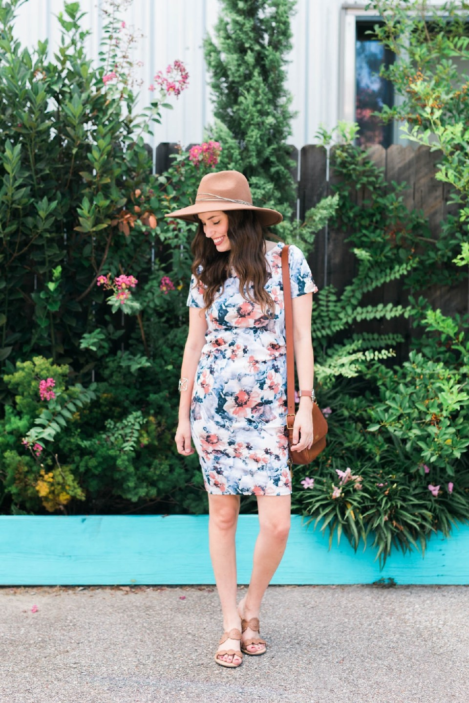 floral pinkblush maternity dress, blue and pink floral maternity dress, cute maternity outfits, cute maternity dresses, maternity outfit ideas, maternity fashion blogger, maternity fashion, houston fashion blogger