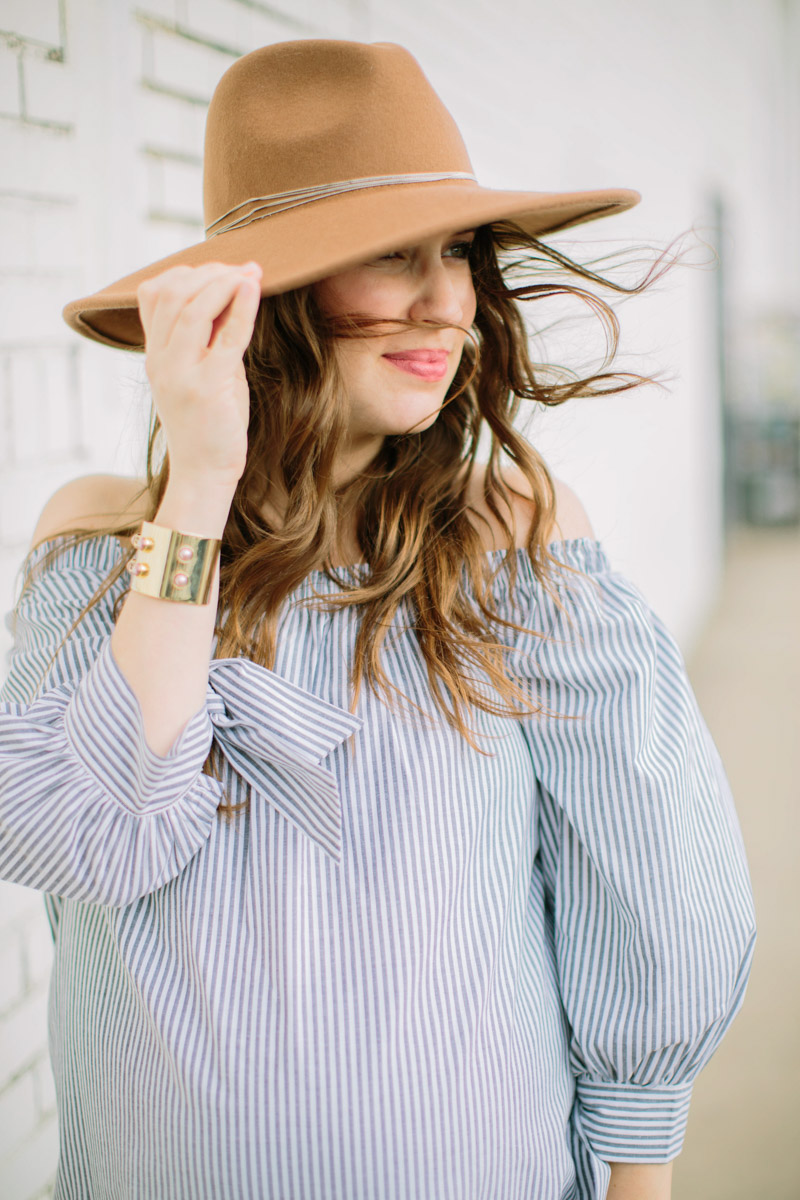 Striped_Off_The_Shoulder_Maternity_Top-8
