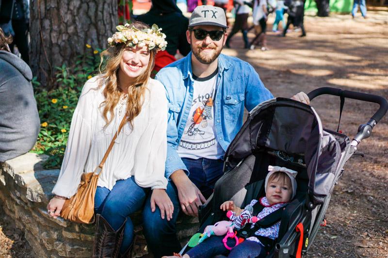 Houston lifestyle blogger visits the Texas Renaissance Festival