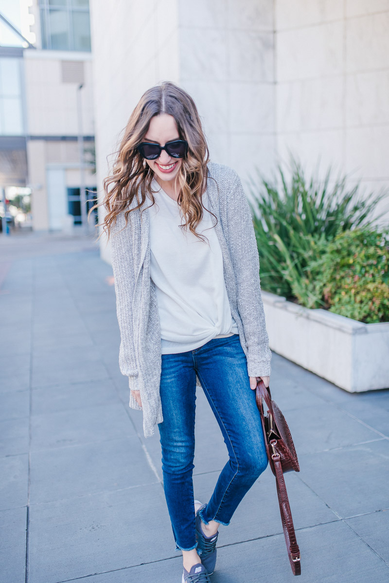 Easy Mom Outfit Ideas with Evevere