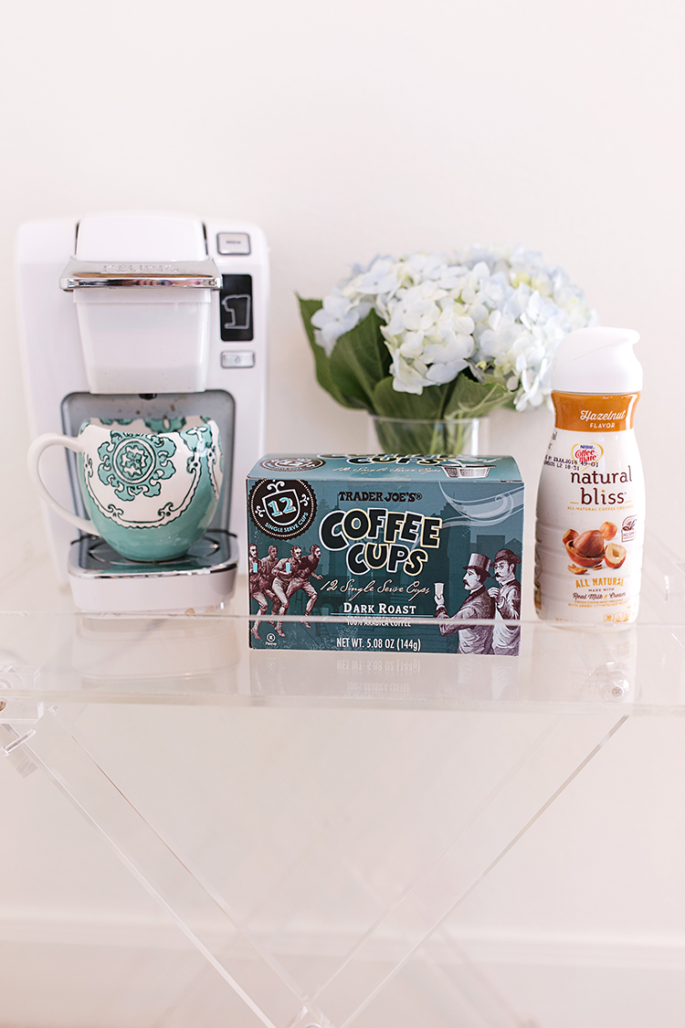 trader joes coffee cups, natural bliss hazelnut coffee creamer, keurig k15 mini plus brewing system