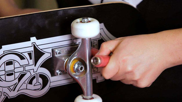 Tightening Your Skateboard Trucks