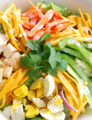Creamy Buffalo Chicken Salad Dressing