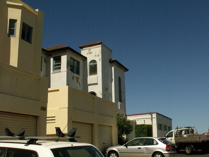 THE LANGTON CLINIC HALFWAY HOUSE AT BONDI.