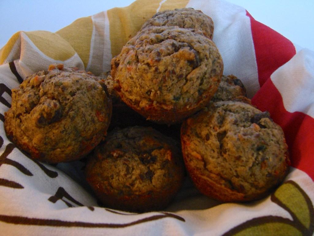 Loaded Breakfast Muffins | longdistancebaking.com