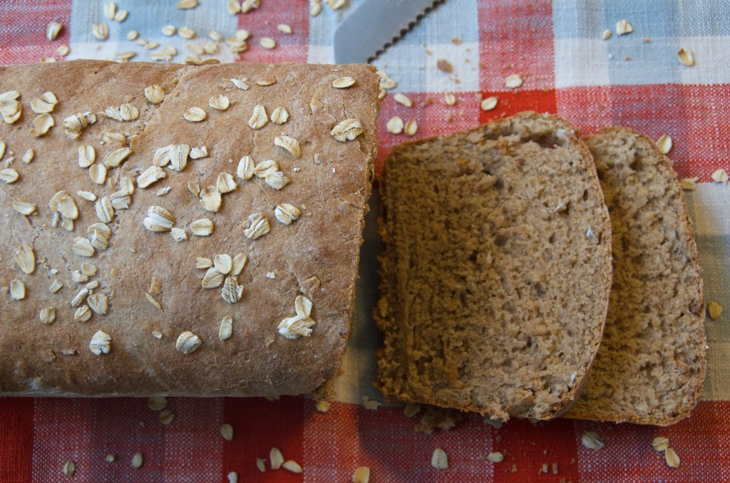 Whole Wheat Honey Oat Bread | longdistancebaking.com