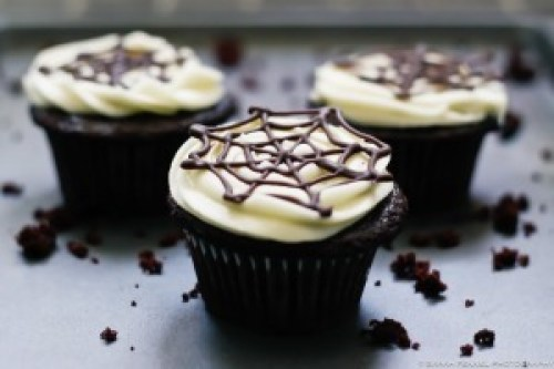 Chocoalte Spiderweb Cupcakes by Broma Bakery