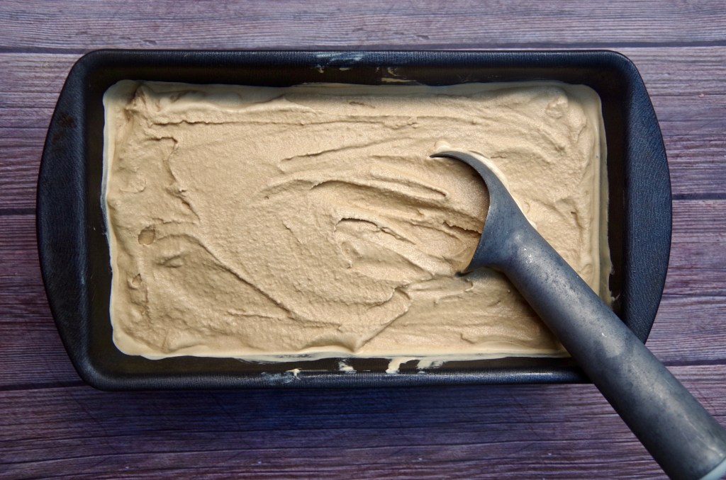 Coffee Ice Cream | longdistancebaking.com