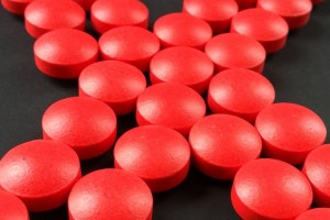 Few healthy Americans need iron supplements. Photo: PD
