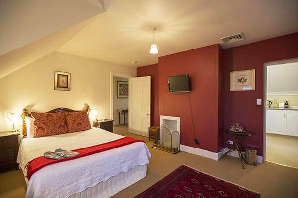 Boutique B&B accommodation in Longford, Tasmania - The Racecourse Inn