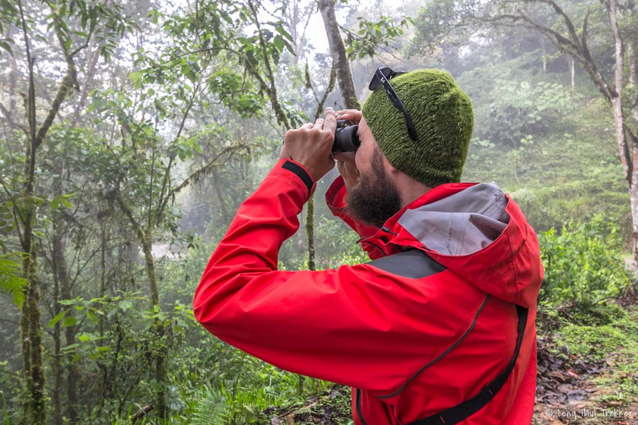 Birding with Sandro at Pachijal Ecolodge Reserve | Long Haul Trekkers