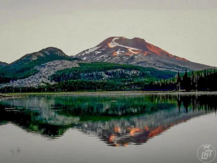 Sunrise at Sparks Lake in Central Oregon