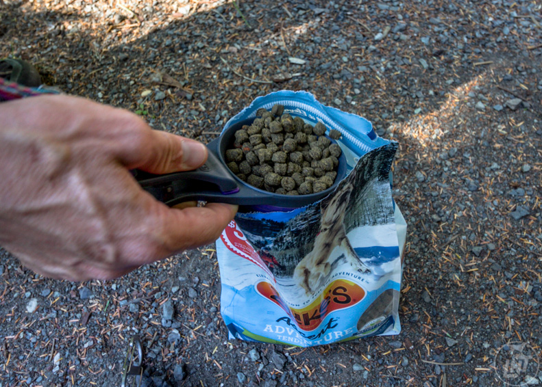 Know what kind of dog food and treats are allowed into Canada.