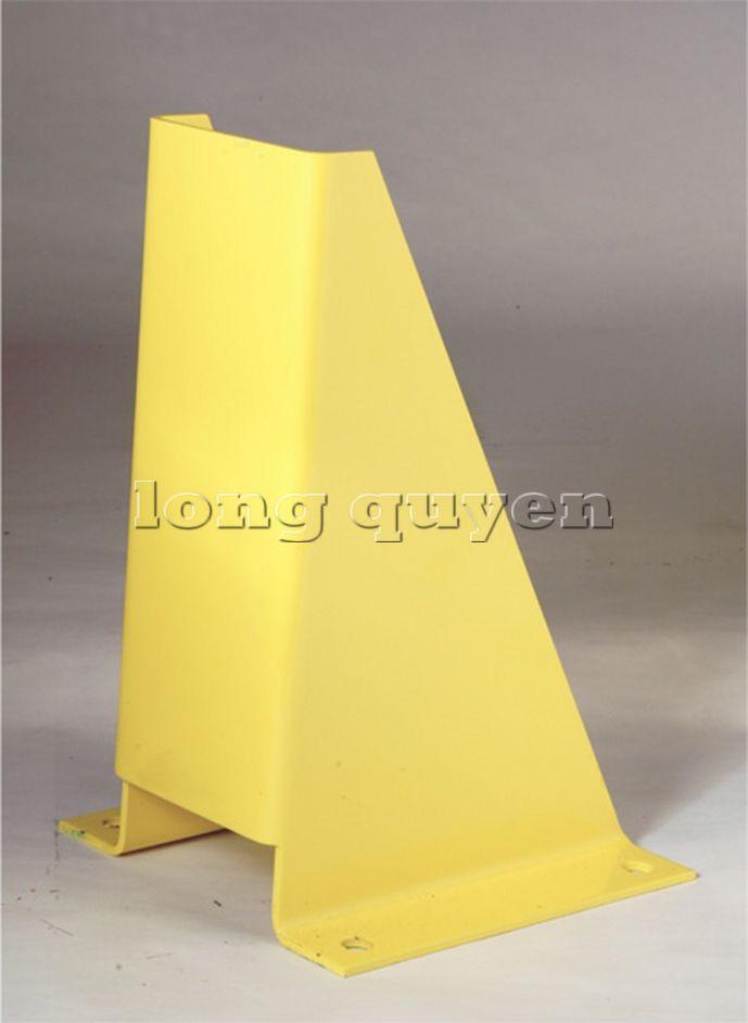 Ốp chân cột giá kệ để pallet (8)