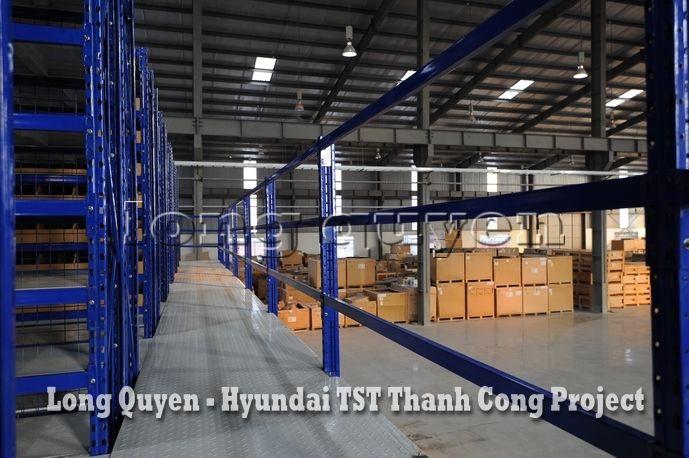 Giá Kệ Kho Phụ Tùng Sàn Tầng Lửng Công ty Hyundai TST Thành Công (12)