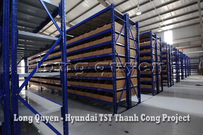 Giá Kệ Kho Phụ Tùng Sàn Tầng Lửng Công ty Hyundai TST Thành Công (9)