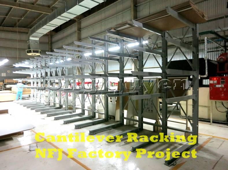 Giá kệ tay đỡ Cantilever tại dây chuyền sản xuất nội thất nhà máy NFJ (6)