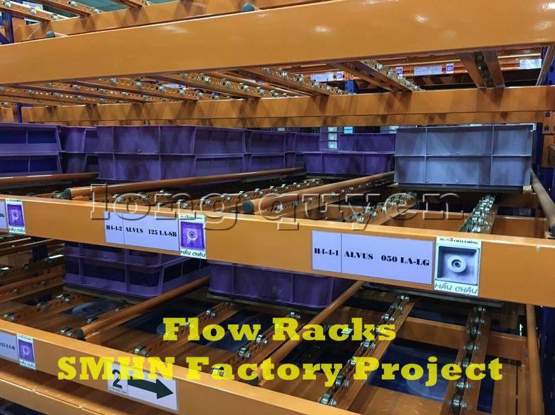 Giá kệ trôi kệ dòng chảy để vật tư trong xưởng lắp ráp nhà máy SMHN (5)