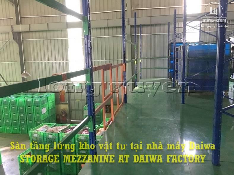 Sàn tàng lửng kho vật tư khung giá kệ pallet lắp ráp tại nhà máy DAIWA (10)