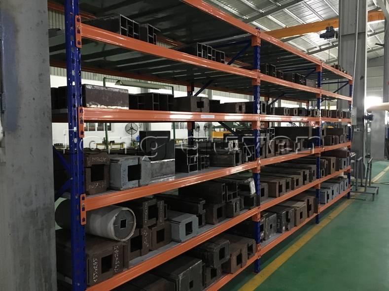 Kệ sắt kệ để hàng kệ kho hàng lắp đặt tại nhà máy thiết bị điện Sanaky (14)