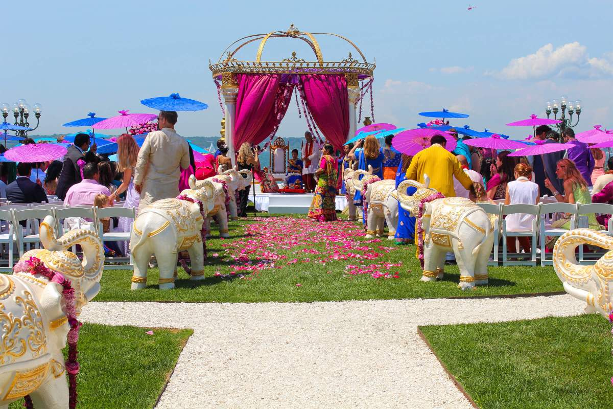 large-venue-longwood-indian-wedding newport rhode island waterfront