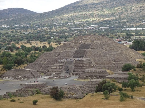 temple of the moon teotihuacan