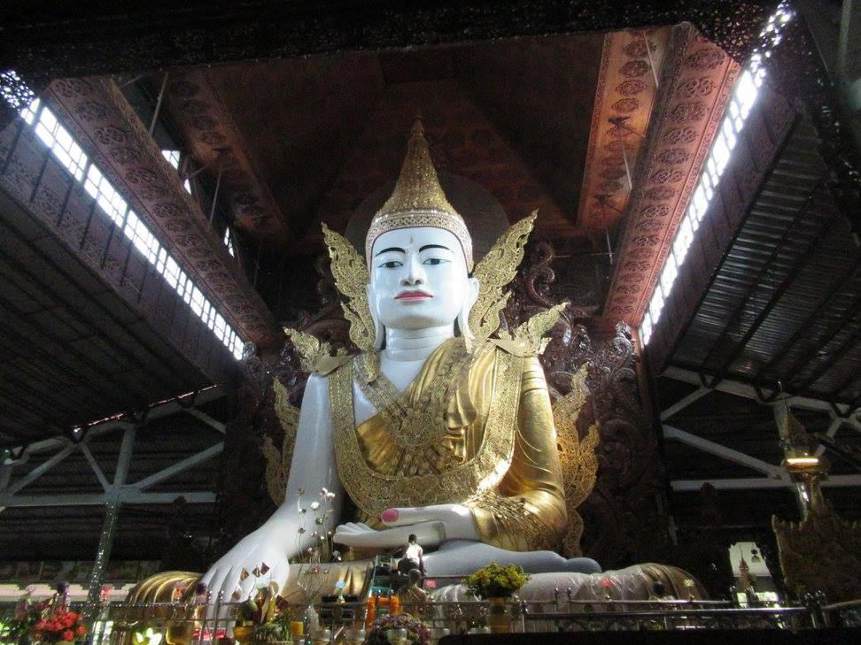 Nga Htat Gyi Buddha Temple