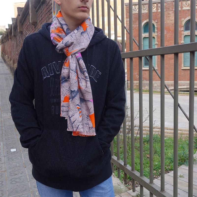 Bufanda hombre naranja moda sostenible look by lyly