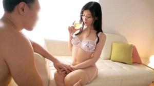 259LUXU-1058 露木玲香 36歳 秘書 日本小姐姐 隱藏在衣服底下的一對性感豪乳
