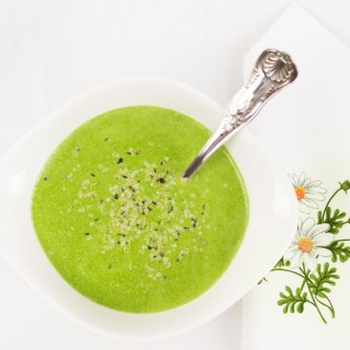 Raw Spinach Soup With Cashews and Lemon Zest