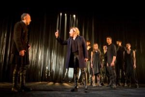 Antigona directed by Miguel del Arco. Photo: Luis Castilla.