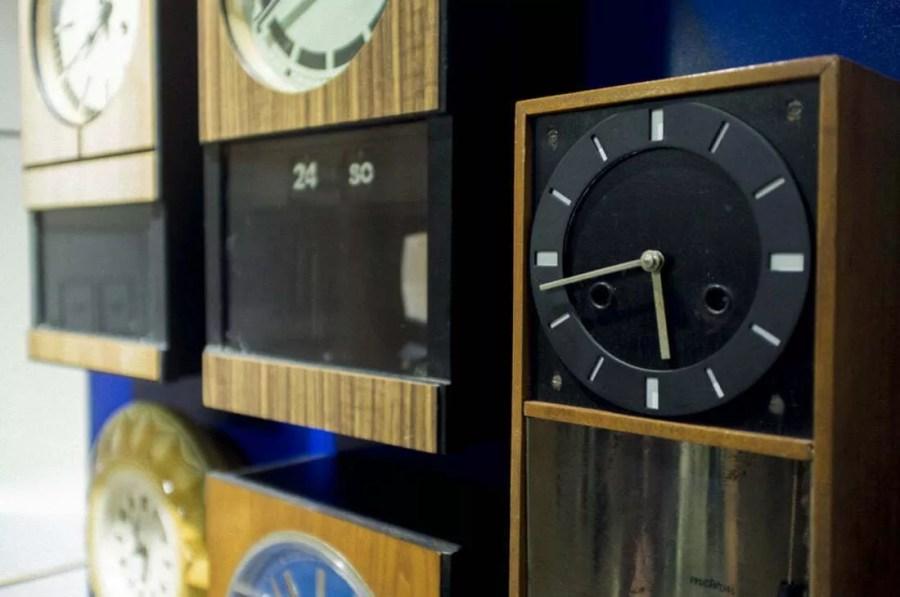 """Wystawa """"Pięć dekad zegarów"""" - Metron"""