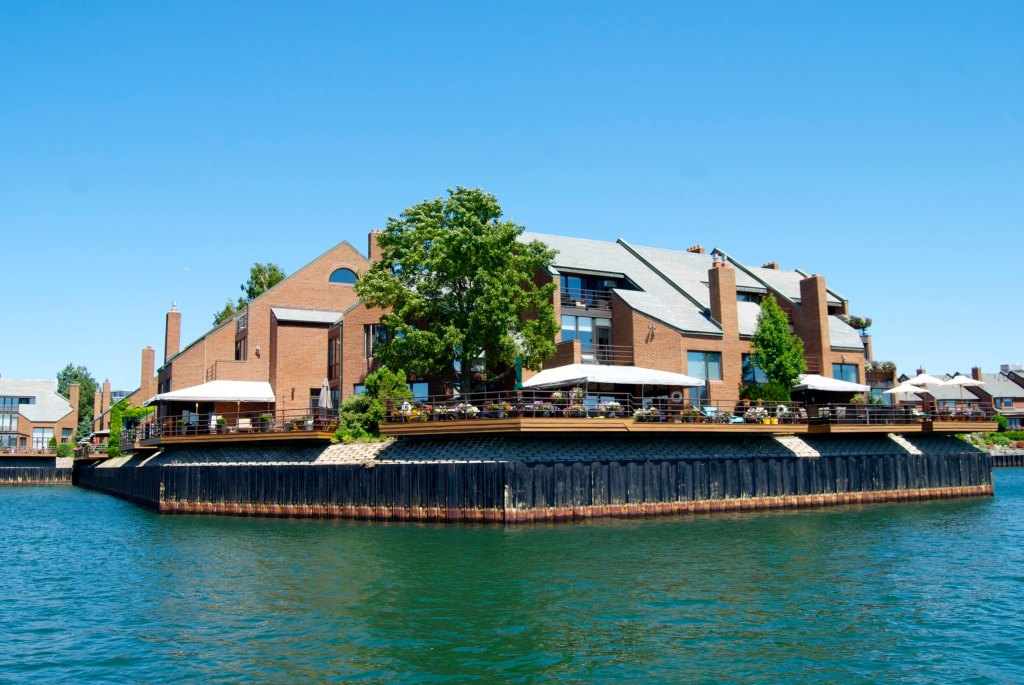 15 Best Things To Do In Buffalo