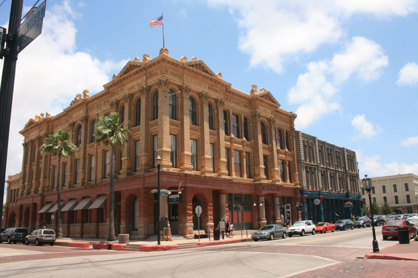 Experience Victorian Era, The Strand Historic District, Galveston
