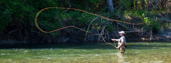 Fly fishing with a friend :: The LOONS Flyfishing Club