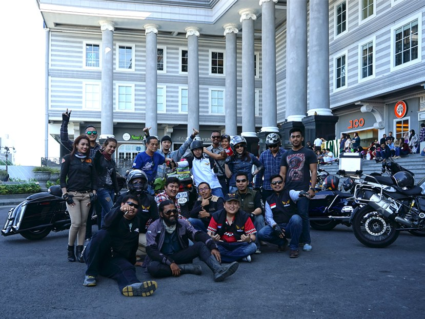 MBC Jogja - a motorcycle club welcomed with wide open arms. Bunch of interesting people were curious what i'm doing. went on a ride with them and met some cool people...there i'm , hanging out !!