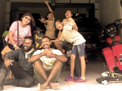 A true Harley Family. Arni and Dodo...from Jogja..you guys are amazing!. thank you for your awesome company all along the trip. never forget you guys. He dodo...you are a brother from another mother mate!..look at him. 3.5 degree separation.
