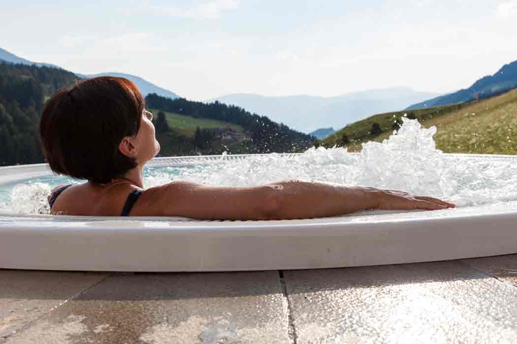 Pool-Hotel-Tyrol