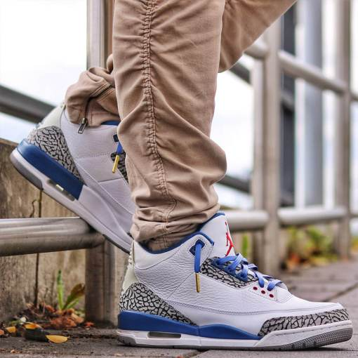 jordan 3 with royal blue leather laces gold tips 1
