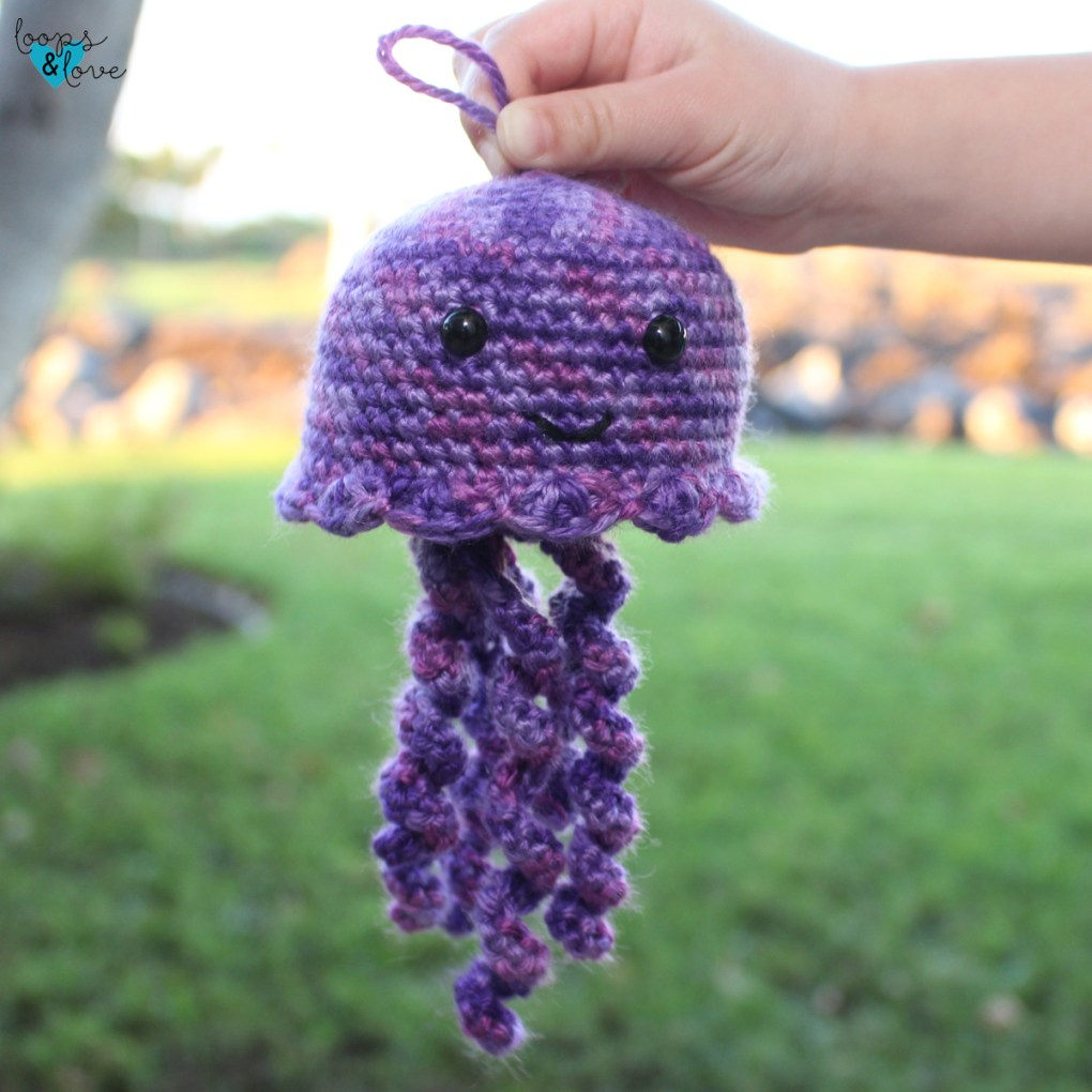 Crochet jellyfish - video tutorial — Crochet the cutest jellyfishes! | 1020x1020