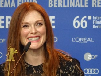 Maggie's Plan: Julianne Moore