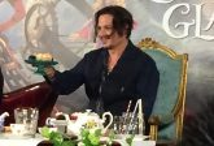 Alice Through Looking Glass Johnny Depp